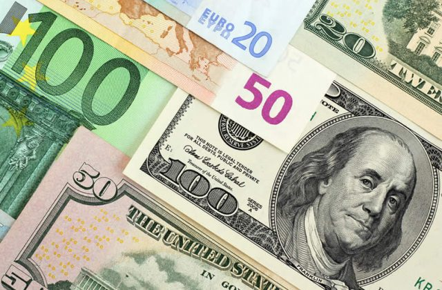 Euro US Dollar (EUR/USD) Exchange Rate Falls as Eurozone's Private Sector  Suffers 'Shocking' Decline - TorFX News