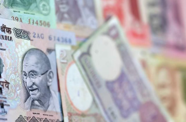 Pound Sterling Ru Exchange Rate News Gbp Inr Steady Despite Indian Falling To Historic Low