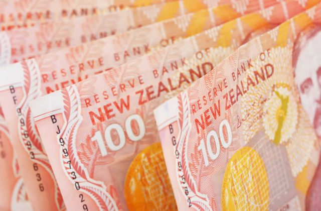Pound Sterling New Zealand Dollar Exchange Rate Live Gbp Nzd Near Two Week Low On Brexit Fears
