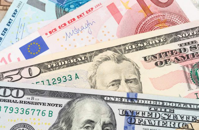 Euro To Us Dollar Eur Usd Exchange Rate Falters On Surprise Eurozone Inflation Dip